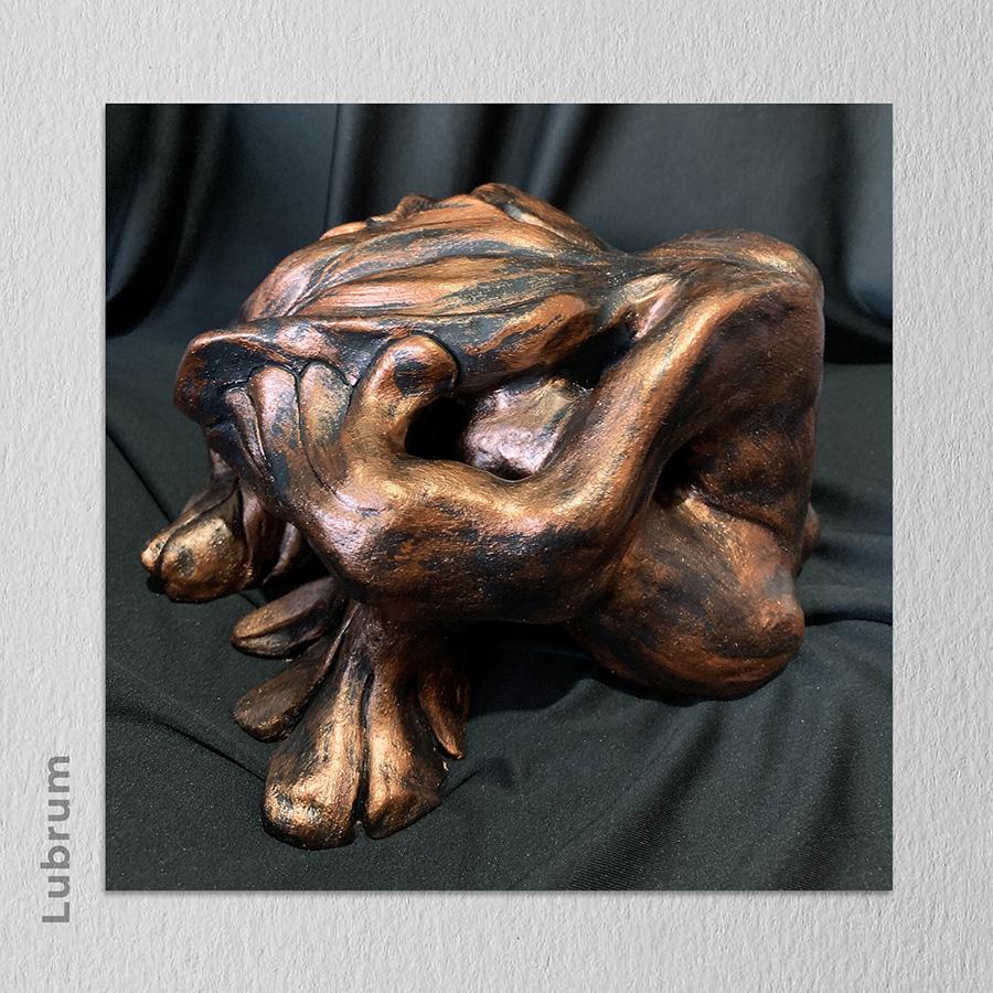 Artista: Lubrum - Título: DESESPERANÇA 15cm x 22cm x 24cm - Técnica: Cerâmica
